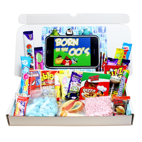 Sweets from the 2000's Large Gift Box [GPK1069B] - £15 99 :